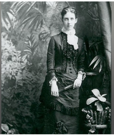 Black and White Historic Photo of Mabel Bell